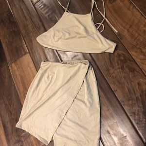 SUEDE TOBI TWO PIECE NEVER WORN